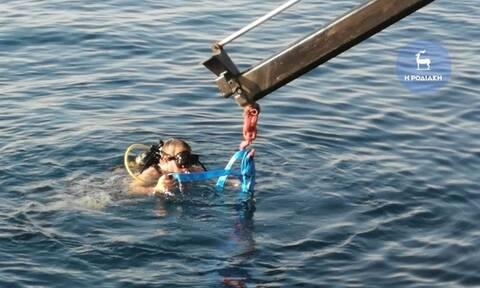 Τραγωδία στη Ρόδο: Νεκρός άνδρας μέσα σε αυτοκίνητο που έπεσε στη θάλασσα