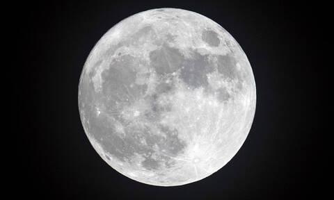 Εσύ ξέρεις γιατί η Σελήνη λέγεται και φεγγάρι;