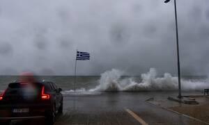 Έκτακτο δελτίο ΕΜΥ: Σφοδρές καταιγίδες «χτυπούν» την Ελλάδα - Προσοχή τις επόμενες ώρες