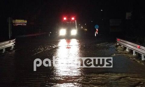 Κακοκαιρία: Σοβαρές πλημμύρες στον Πύργο – Ποτάμι ο κεντρικός δρόμος στο Λαμπέτι (pics)
