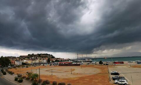 Έκτακτο δελτίο καιρού: Συνεχίζονται οι βροχές και οι καταιγίδες - Επιδείνωση από το απόγευμα