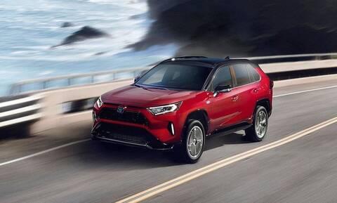 To Toyota RAV4 πλέον και plug-in υβριδικό με 306 ίππους και 60 χιλιόμετρα ηλεκτρικής αυτονομίας
