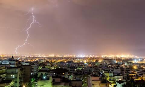 Νέο έκτακτο δελτίο επιδείνωσης καιρού: Έρχονται ισχυρές βροχές, καταιγίδες και χαλάζι