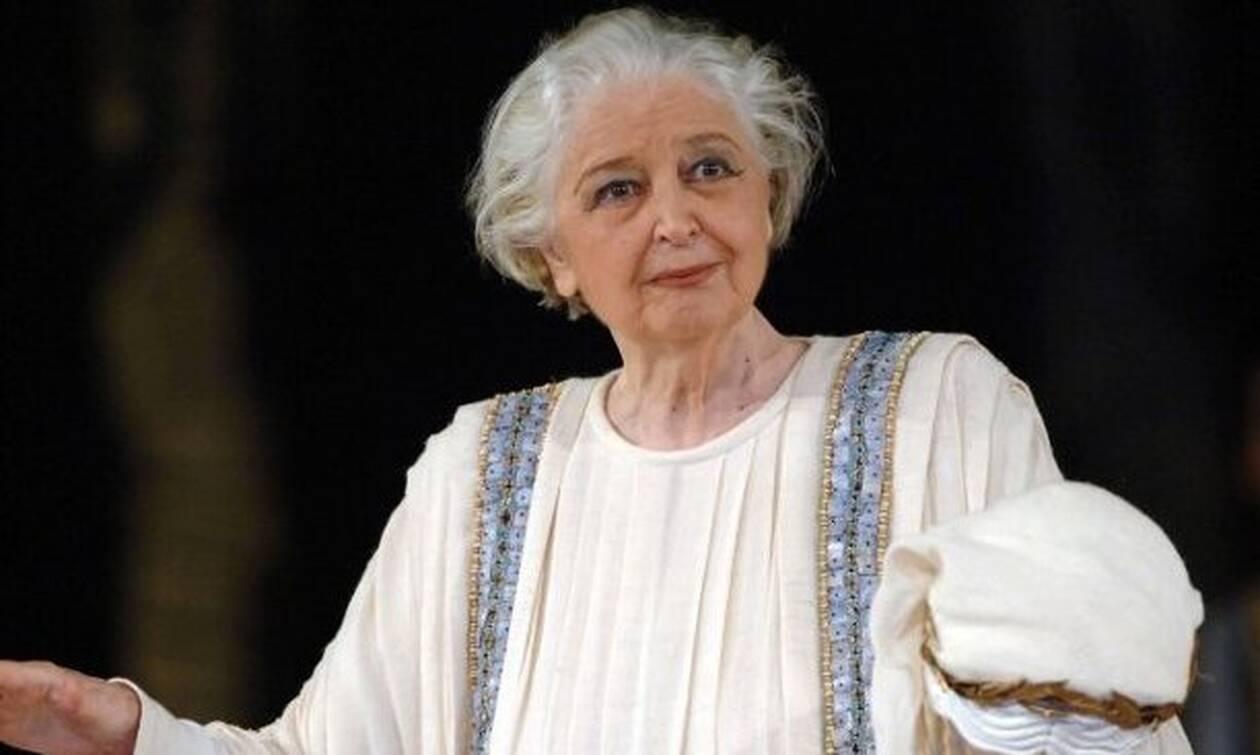 Άννα Συνοδινού: Η ηθοποιός που άλλαξε το θέατρο