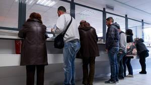 Τέλος η χαρτούρα στο Δημόσιο: Διασύνδεση της ΑΑΔΕ με το Μητρώο Πολιτών του ΥΠΕΣ