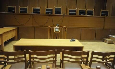 Σέρρες: Ελεύθεροι οι εφοριακοί που κατηγορούνται ότι εκβίαζαν παλαίμαχο ποδοσφαιριστή (vid)