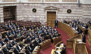 Βουλή: Ολοκληρώθηκε ο μαραθώνιος της συζήτησης για την αναθεώρηση του Συντάγματος