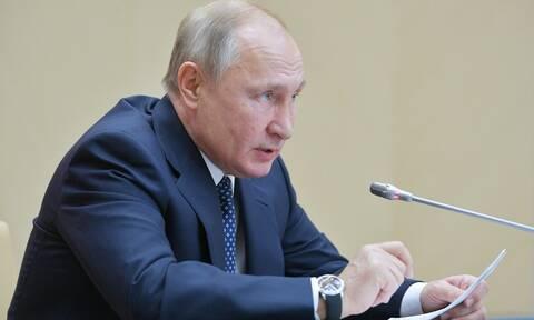 Ο Πούτιν υπόσχεται να ολοκληρώσει την κατασκευή ενός «μυστηριώδους» όπλου