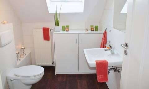 ΠΡΟΣΟΧΗ: Αυτό το λάθος στην τουαλέτα βάζει σε μεγάλο κίνδυνο (pics)