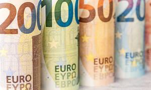 ΟΠΕΚΑ – Επίδομα 1.000 ευρώ: Ποιοι είναι δικαιούχοι – Πώς θα κάνετε την αίτηση για να τα πάρετε