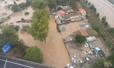 Νεκροί και αγνοούμενοι από την κακοκαιρία στη Γαλλία: Πλημμύρισαν σπίτια, παρασύρθηκαν αυτοκίνητα