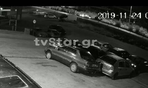 Βίντεο - ΣΟΚ: Η στιγμή του τροχαίου στη Λαμία - Έτσι σκοτώθηκε ο πολύτεκνος πατέρας