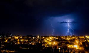 Έκτακτο δελτίο ΕΜΥ: Αυτές οι περιοχές θα «πνιγούν» τις επόμενες ώρες (ΧΑΡΤΕΣ)