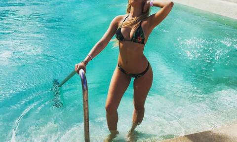 Ελληνίδα προκάλεσε σάλο και... ζημιές: Άγριο σεξ στην πισίνα!