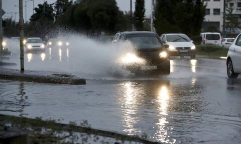 Κακοκαιρία «Γηρυόνης»: Ποιοι δρόμοι είναι κλειστοί - Πού εντοπίζονται προβλήματα