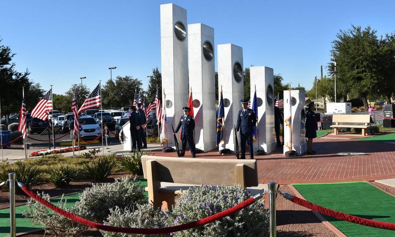 Το μνημείο που αλλάζει μία φορά το χρόνο για μόλις λίγα δευτερόλεπτα (photos)