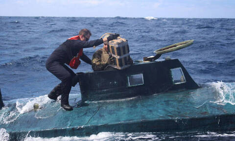 Συναγερμός στην Ισπανία: Εντοπίστηκε υποβρύχιο με τρεις τόνους κοκαΐνης