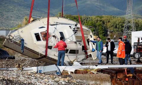Τραγωδία στο Αντίρριο: Έλληνες οι δύο νεκροί - Πώς έγινε η τραγωδία με το ιστιοπλοϊκό (pics+vids)