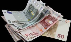 Συντάξεις: Ποιοι θα πάρουν αναδρομικά έως και 10.560 ευρώ (ΠΙΝΑΚΕΣ)