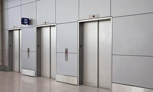 Να τι πρέπει να κάνετε αν πέσει το ασανσέρ