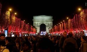 Χριστούγεννα 2019: Το Παρίσι φόρεσε τα γιορτινά του - Μοναδικές εικόνες (vid)
