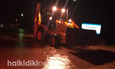 Κακοκαιρία «Γηρυόνης: Νύχτα αγωνίας στη Χαλκιδική - Πλημμύρισε και η Ιερισσός