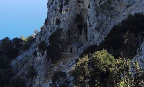Είδε στον ύπνο του αυτό το εκκλησάκι στην Εύβοια και θεραπεύτηκε!