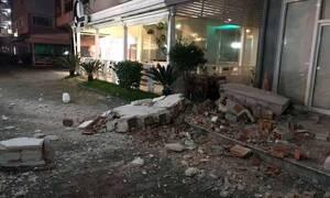 Σεισμός στην Αλβανία: Τρομακτικό βίντεο - Κτήριο σείεται ολόκληρο την ώρα των 6,4 Ρίχτερ