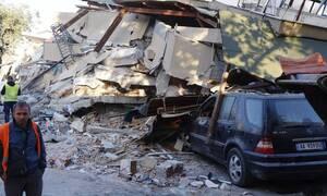 Σεισμός στην Αλβανία: Συγκλονιστικές στιγμές όταν ανασύρθηκε άνδρας ζωντανός από τα ερείπια