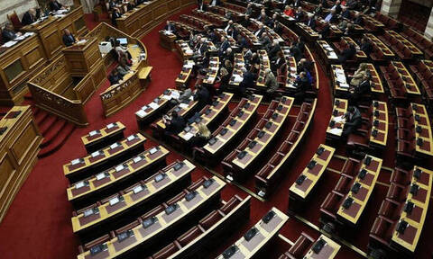 Κατατέθηκε στη Βουλή το φορολογικό νομοσχέδιο - Τι προβλέπει