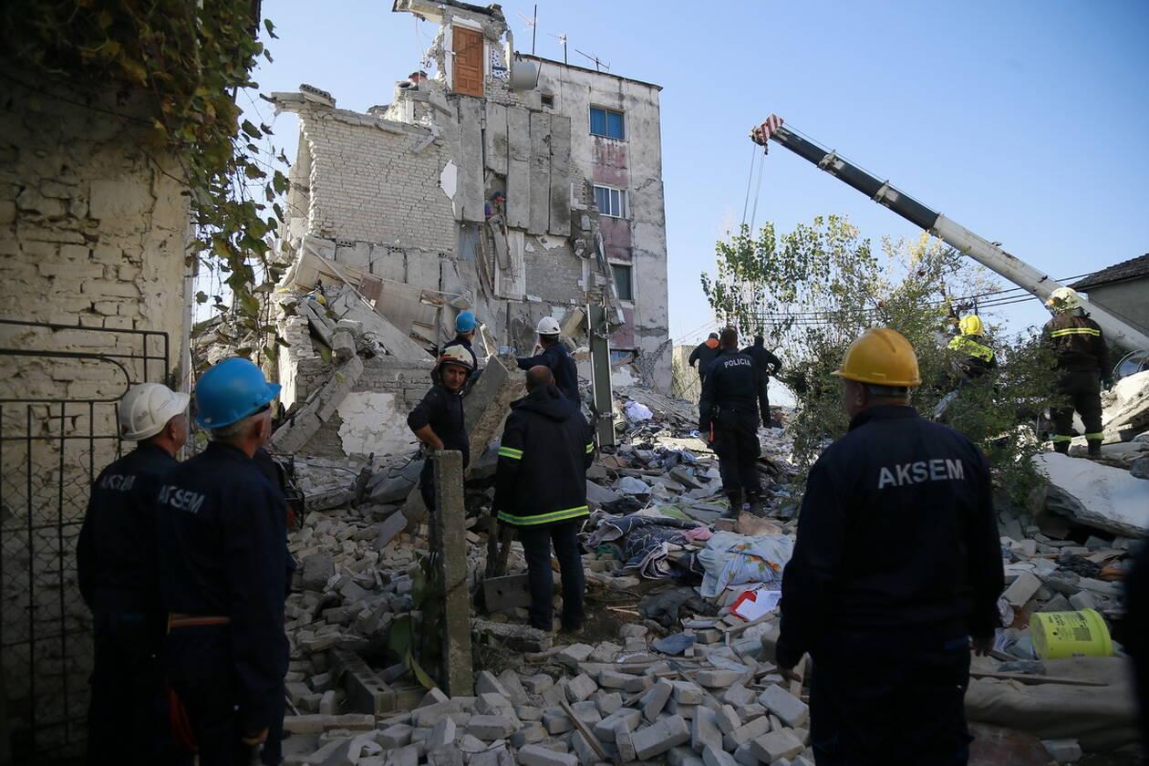 Εθνικό πένθος στην Αλβανία - Μεγαλώνει η λίστα των νεκρών του καταστροφικού σεισμού AP 19330485319727