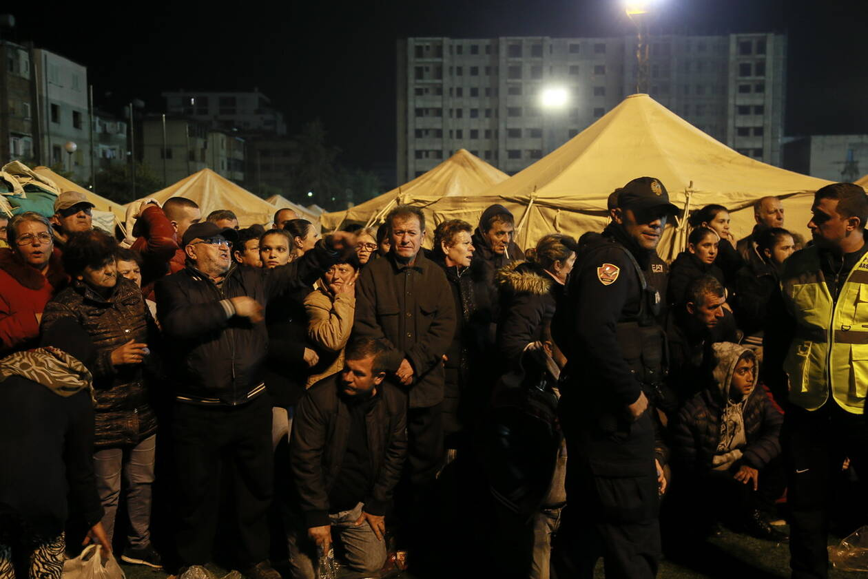 Εθνικό πένθος στην Αλβανία - Μεγαλώνει η λίστα των νεκρών του καταστροφικού σεισμού AP 19330850110317