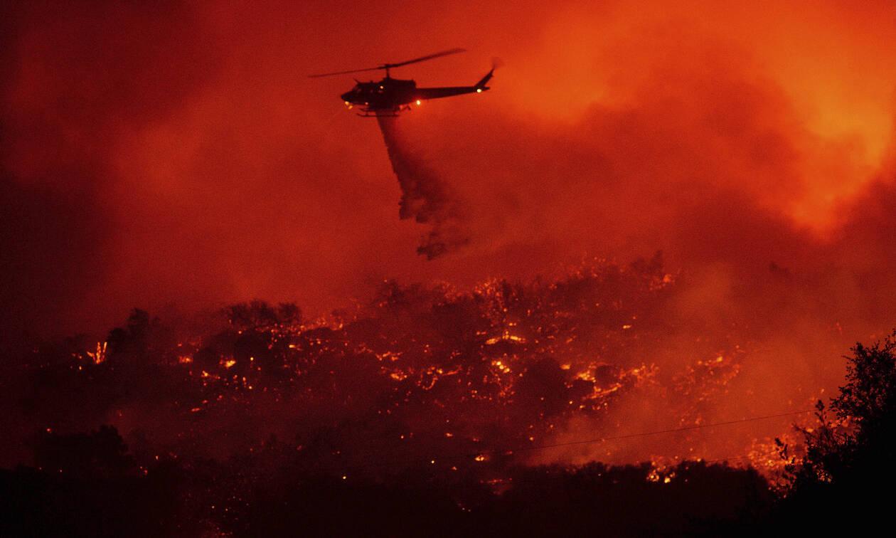 «Κόλαση» φωτιάς στην Καλιφόρνια: Νέα πυρκαγιά απειλεί χιλιάδες κατοίκους (pics+vid)