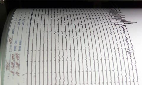 Σεισμός 6,1 Ρίχτερ ανάμεσα σε Κρήτη και Κύθηρα - Ταρακουνήθηκε η μισή Ελλάδα (pics)
