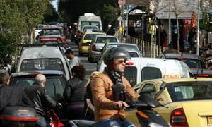 Χάος στο κέντρο της Αθήνας: Κλειστοί δρόμοι και κυκλοφοριακές ρυθμίσεις