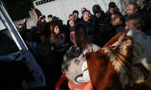 Σεισμός Αλβανία: Βίντεο σοκ - Διασώστες τρέχουν να σωθούν από μισογκρεμισμένο κτήριο