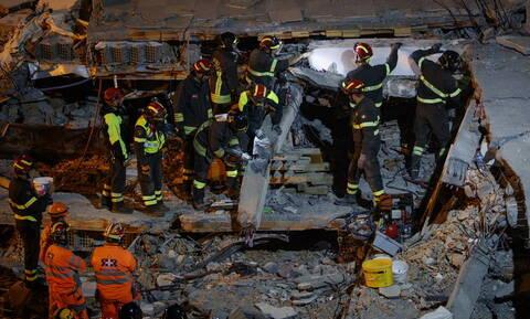 Σεισμός Αλβανία: Η λίστα με τα ονόματα των νεκρών-Νύχτα αγωνίας για τους εγκλωβισμένους στα ερείπια