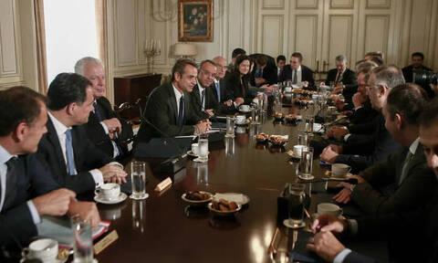 Συνεδριάζει σήμερα το υπουργικό συμβούλιο: Στο τραπέζι νέο φορολογικό και ασφαλιστικό
