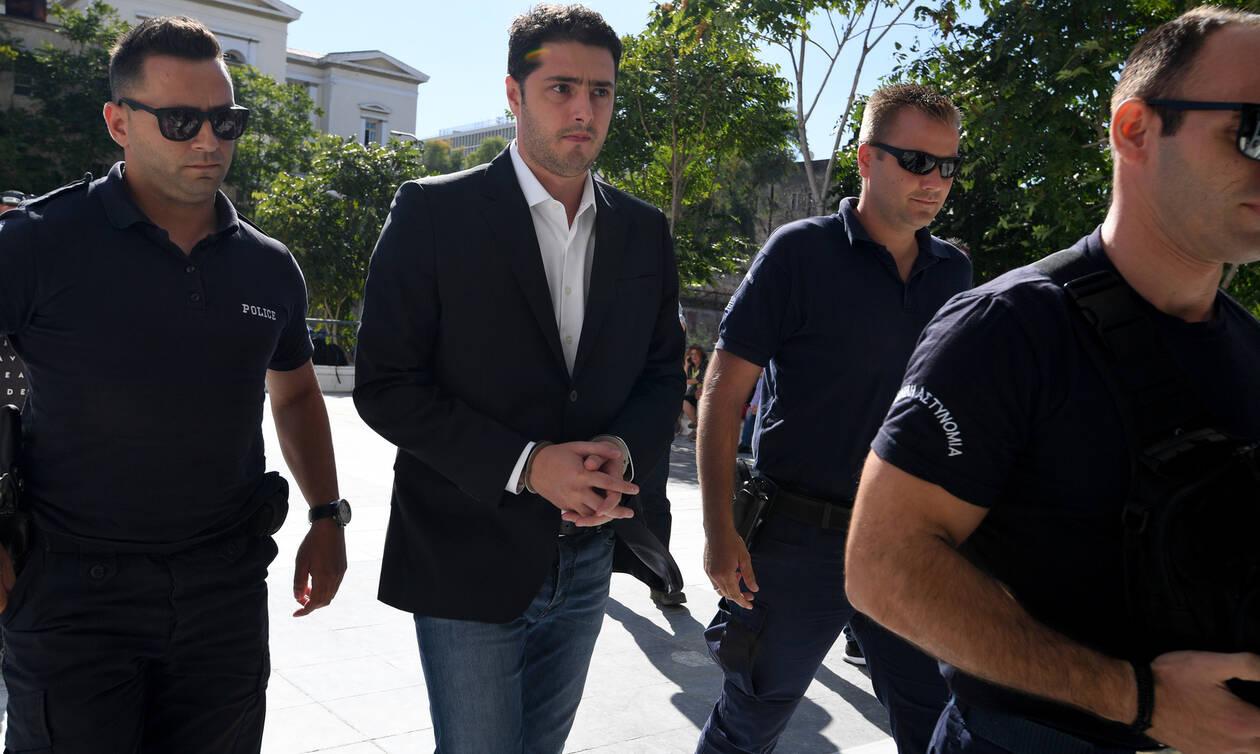 Ελεύθερος παραμένει ο Αριστείδης Φλώρος: Στα πέντε -από 21- έτη «έπεσε» η ποινή