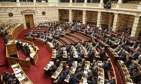 Βουλή: Ψηφίστηκε με 153 ψήφους το νομοσχέδιο για τη διάσωση της ΔΕΗ