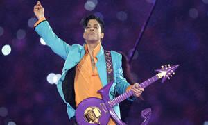 Το πιπεράτο μυστικό πίσω από το τραγούδι ύμνος «Little Red Corvette» του Prince