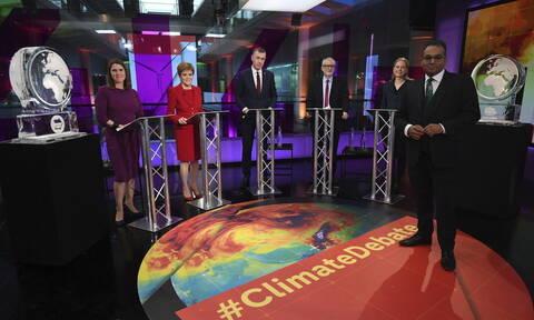 Βρετανία: Debate του Channel 4 προκάλεσε αναστάτωση - Αντικατέστησε τον Τζόνσον με γλυπτό από πάγο