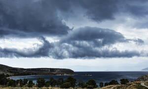 Καιρός τώρα: Παρασκευή με συννεφιά και βροχές - Μέχρι 22 βαθμούς η θερμοκρασία (pics)