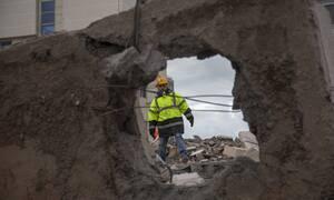 Σεισμός Αλβανία: Τραγωδία δίχως τέλος - Άνιση μάχη με το χρόνο για τυχόν επιζώντες (pics&vids)