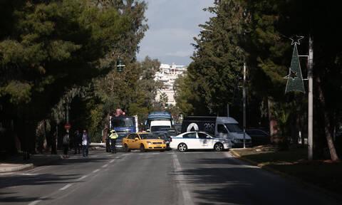 Κλειστή η Ποσειδώνος στο Καβούρι από φοιτητές (pics)
