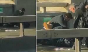 Βίντεο - σοκ από την Γέφυρα του Λονδίνου: Η στιγμή που αστυνομικοί πυροβολούν τον δράστη