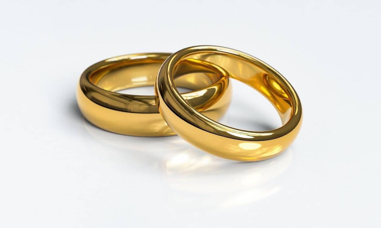 Βόλος: Ήταν παντρεμένοι για 10 χρόνια - Έπαθαν ΣΟΚ όταν ανακάλυψαν την αλήθεια (pics)