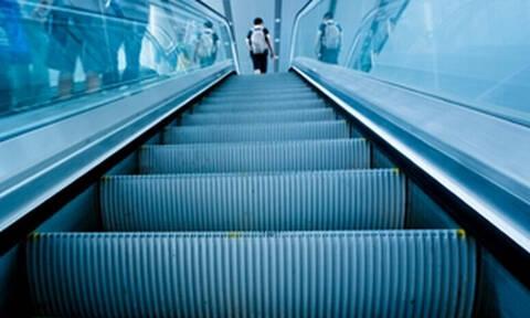 Δεν το περίμενες; Υπάρχει κάτι που δεν έχεις παρατηρήσει ποτέ στις κυλιόμενες σκάλες!