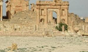 Ντροπή: Τουρίστες βεβήλωσαν σημαντικό αρχαιολογικό μνημείο – Δείτε τι έκαναν (pics)