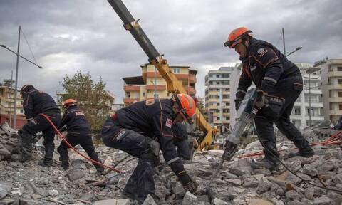 Από την Περιφέρεια Αττικής αναχώρησε κλιμάκιο γιατρών για την Αλβανία